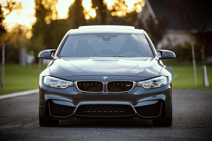 我有1台 BMW X3汽車,想汽車借款約20萬元左右,利息怎麼算?實拿20萬嗎?會不會扣保管費以及額外的費用呢?
