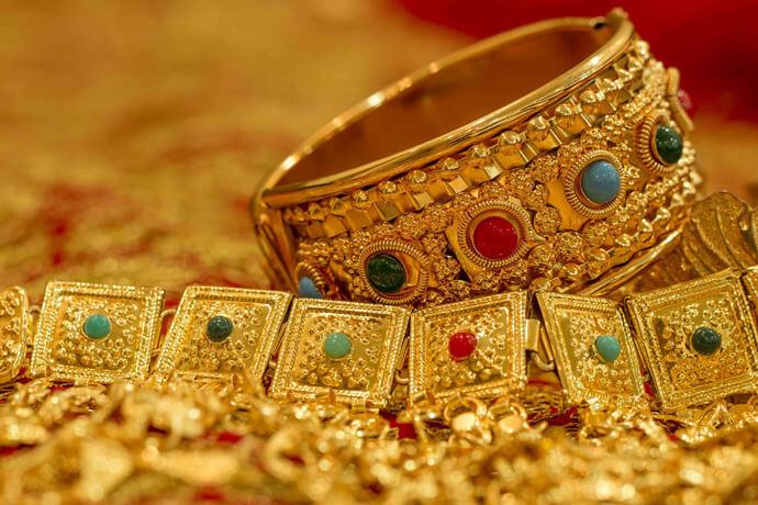 我想借錢周轉,我目前只有黃金,除了黃金還可以用什麼來做典當?