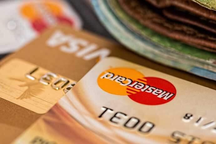 如果我要辦理汽車借款,繳款時可用刷卡或是轉帳的方式嗎?