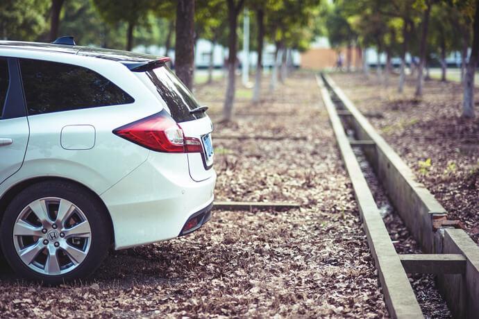 我車子是本田CRV剛買半年,還在貸款中,可以典當20萬嗎?